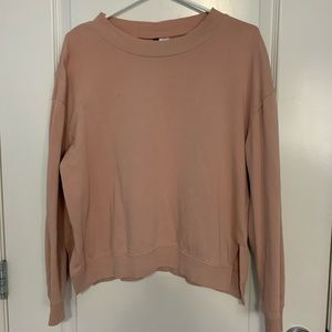 ✨ 2 for $20 ✨ H&M Scoop Neck Sweater